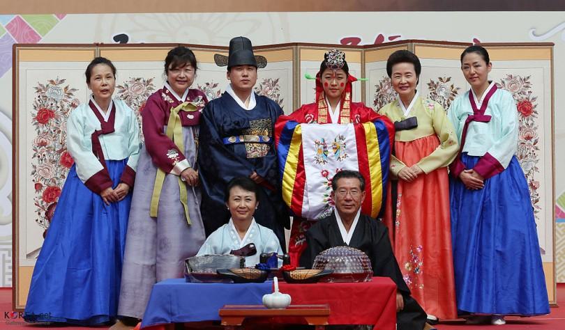 한국의 전통 결혼식. 사진=위키백과