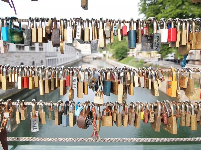 슬로베니아 류블랴나 도살자 다리의 사랑의 자물쇠 Ljubljana_-_locks