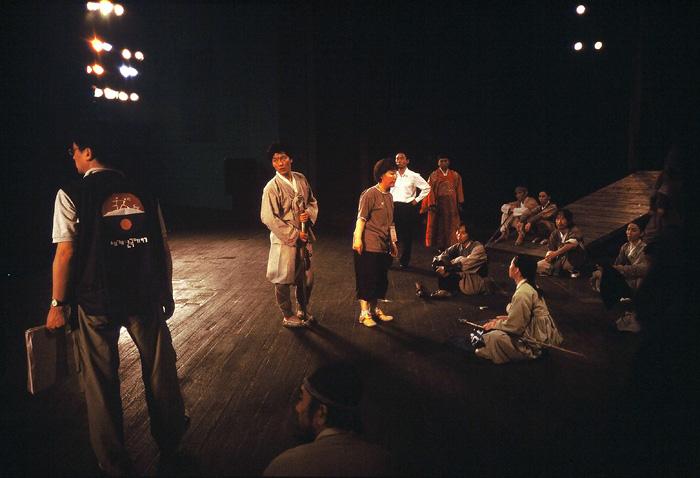 경기도 성남시와 (사)통일맞이는 뮤지컬 '금강 1894'의 평양 공연을 추진하겠다고 지난 11월 2일 밝혔다. '금강 1894'는 2005년 평양 봉화예술극장 무대에 올랐던 가극 '금강'의 새로운 버전이다.